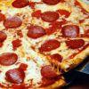 Fehér Holló Pizzéria Cukrászda és Söröző